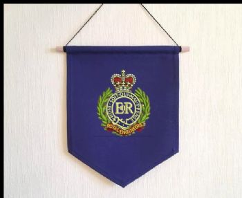Embroidered Pennant with RE Cap Badge